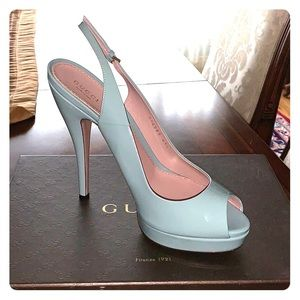 Gucci Vernice Crystal Pumps in Pool Water Blue